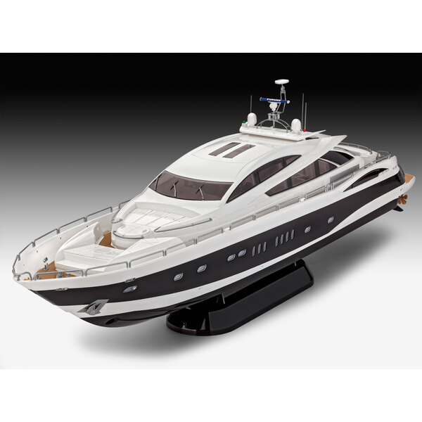 Sunseeker 'Predator 108' LUXURY YACHT 108 ft Stunningly fast. Magnificently luxurious. Exquisite design. A model construction ki