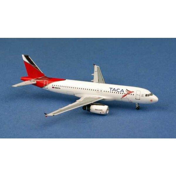 TACA Airbus A320 N683TA