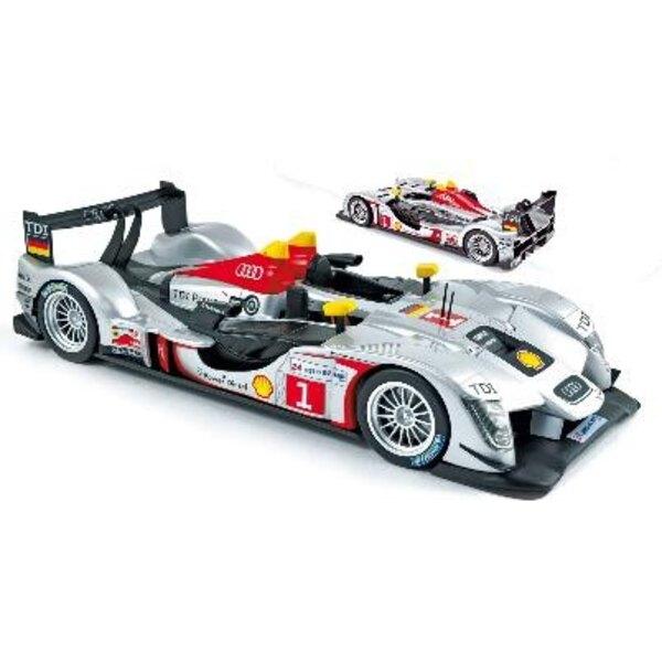 Audi R15 Le Mans 2009 N.1 Capello 1:18