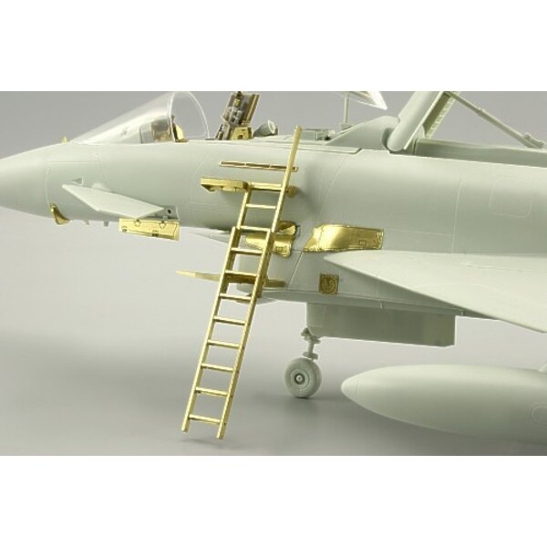 Eurofighter EF-2000ladder (designed to be assembled with model kits from Revell and Trumpeter)