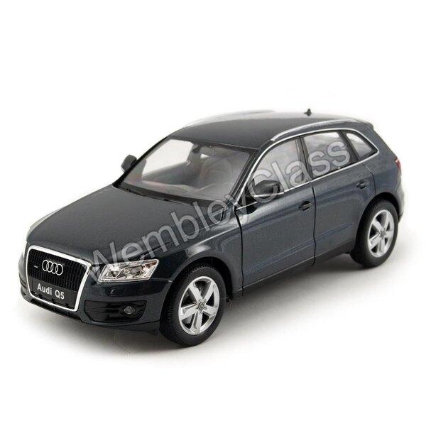 Audi Q5 1:24