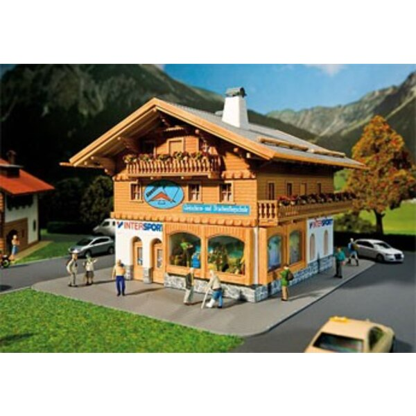 Sports outfitters/Paragliding school