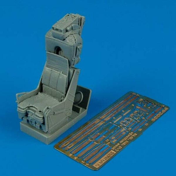 Martin Baker Mk F7 Ejection seat (for F-8 Crusader) (designed to be assembled with model kits from Trumpeter)