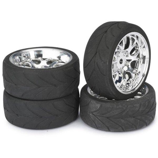 Game chrome wheels track