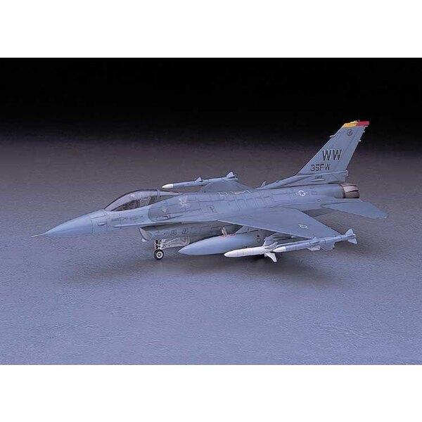 F- 16CJ (Block 50) ( PT32 )