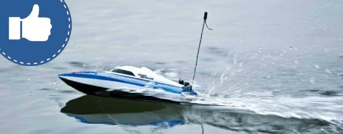 Selection RC boats