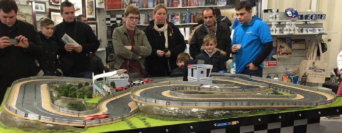 All the slot sets and slot cars scalextric carrera on 1001hobbies