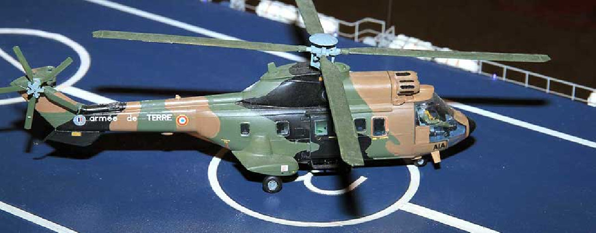 Plastic model helicopters